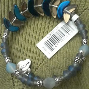"""Alex and Ani's """"River"""" DIETY WRAP. shades BLUE NWT"""